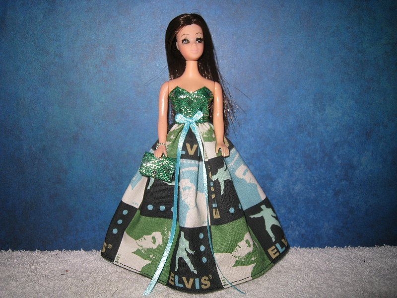 Elvis Squares Gown with purse