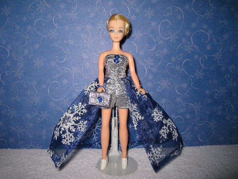 Euro Blue & White snowflakes ballgown