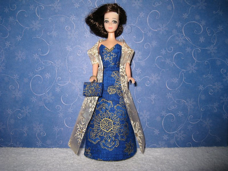 Slim blue gold gown with wrap (Maureen)