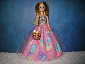 Sparkle Egg gown with basket