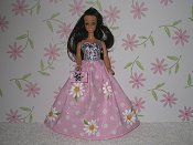 Large Daisy Pink Gown with purse